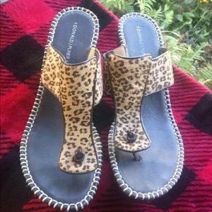 Donald pliner leopard wedge sandals 9.5 m nice